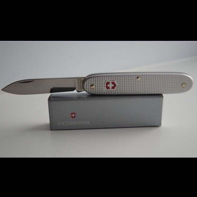 Нож Victorinox Pioneer 0.8000.26