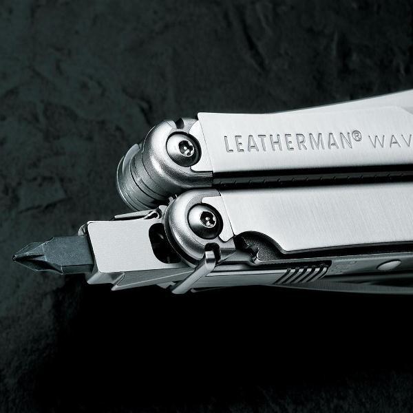 Мультитул Leatherman Wave, кожаный чехол