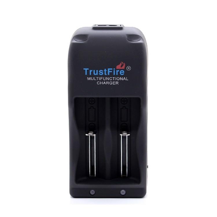 Зарядное устройство 26650, 18650, 25500, CR123A, 16340, 14500 TrustFire TR-006