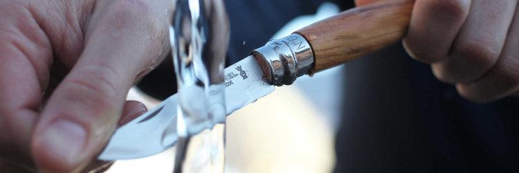 Нож Opinel №8, нержавеющая сталь, рукоять из оливкового дерева